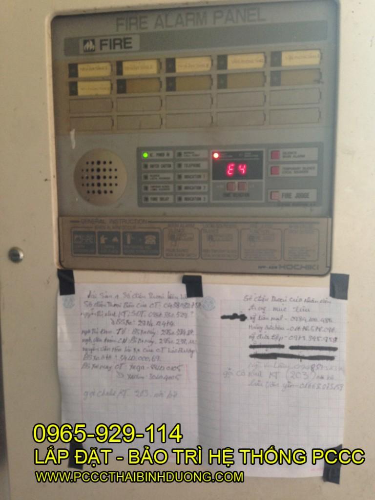 Tủ trung tâm báo cháy đặt tại P. Bảo vệ